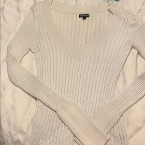 White ribbed v neck sweater